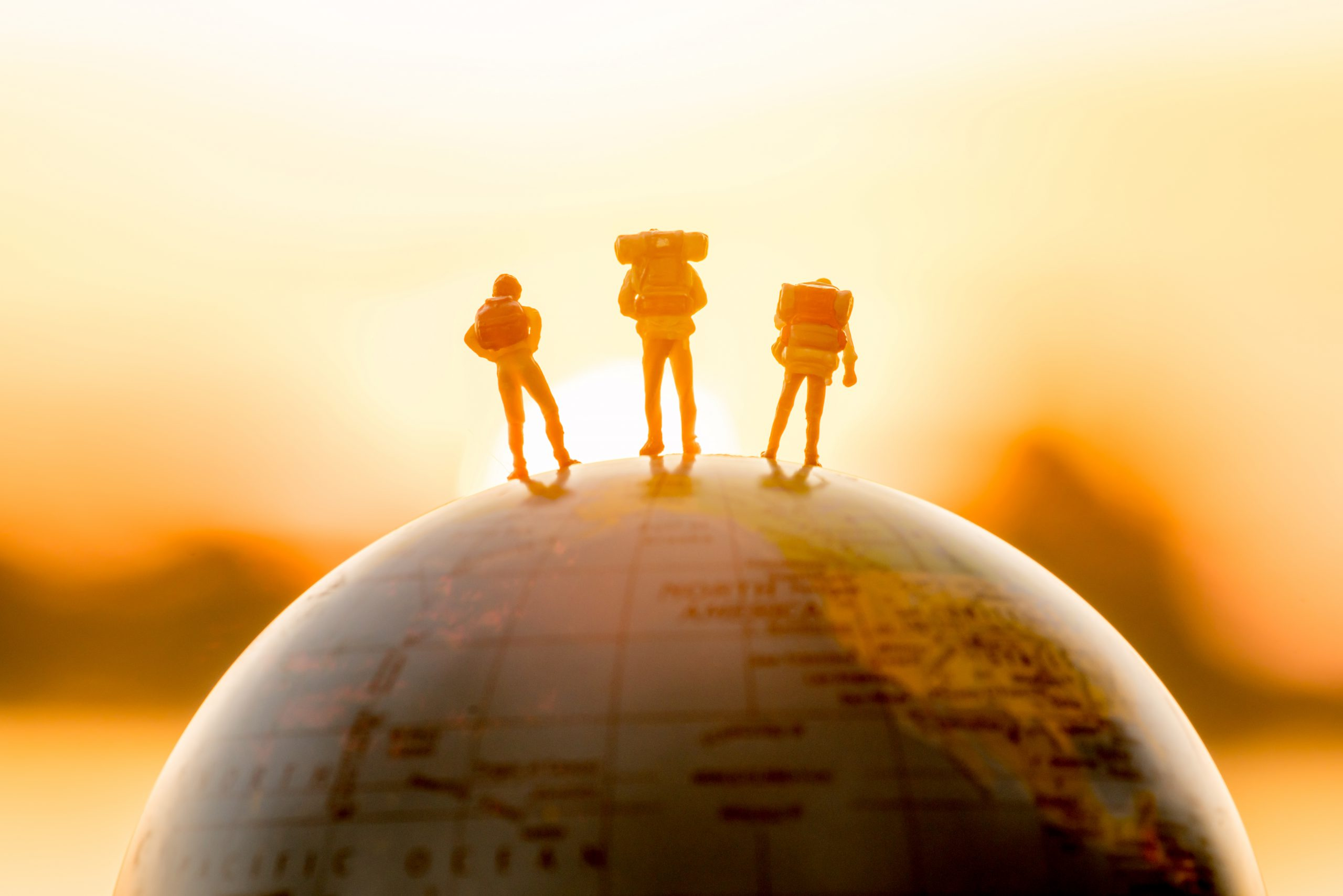 5 financial challenges for internationals and expats