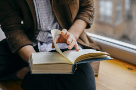 Good reads – 5 book recommendations for investing in your downtime